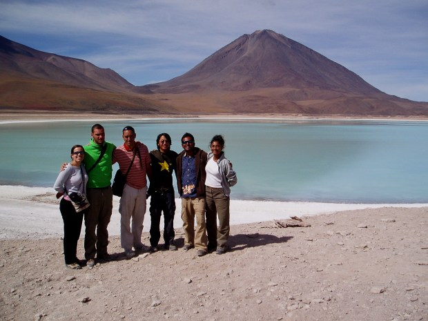 Laguna Verde- All of us backpackers at the Green Lagoon