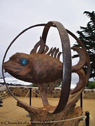 Sculpture of a blue-eyed fish