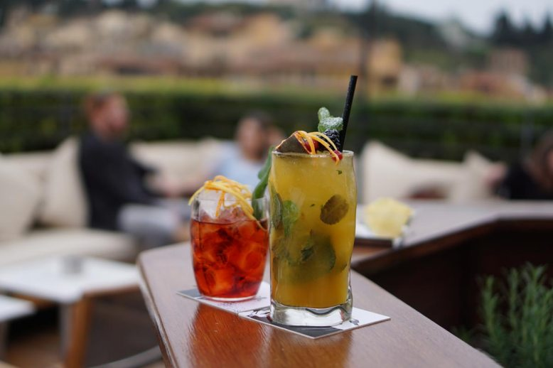 lungarno-collection_continentale_la-terrazza_cocktail-photogallery-2